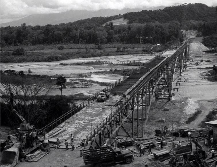Construcción Del Puente Sobre El Río Chama El Vigía Estado Mérida Años 50 Railroad Tracks Merida Railroad