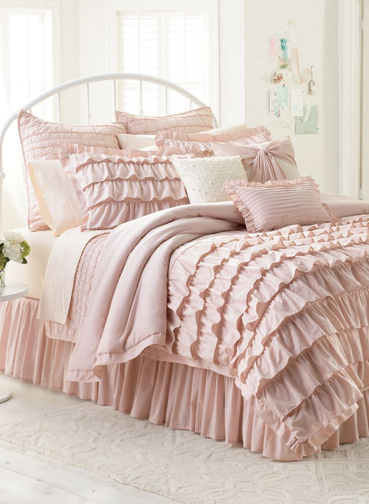 Lclaurenconrad Bedding Adds A Chic Touch To A Drab Dorm Room