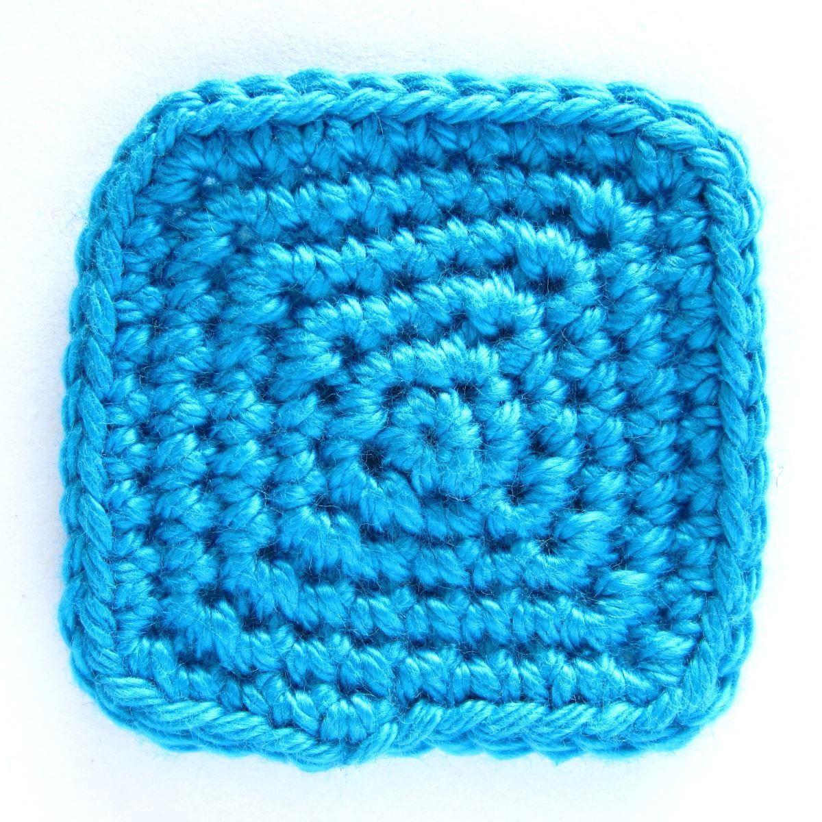 Quadrat Häkeln In Spiralrunden Beitragsbild Häkeln Stricken