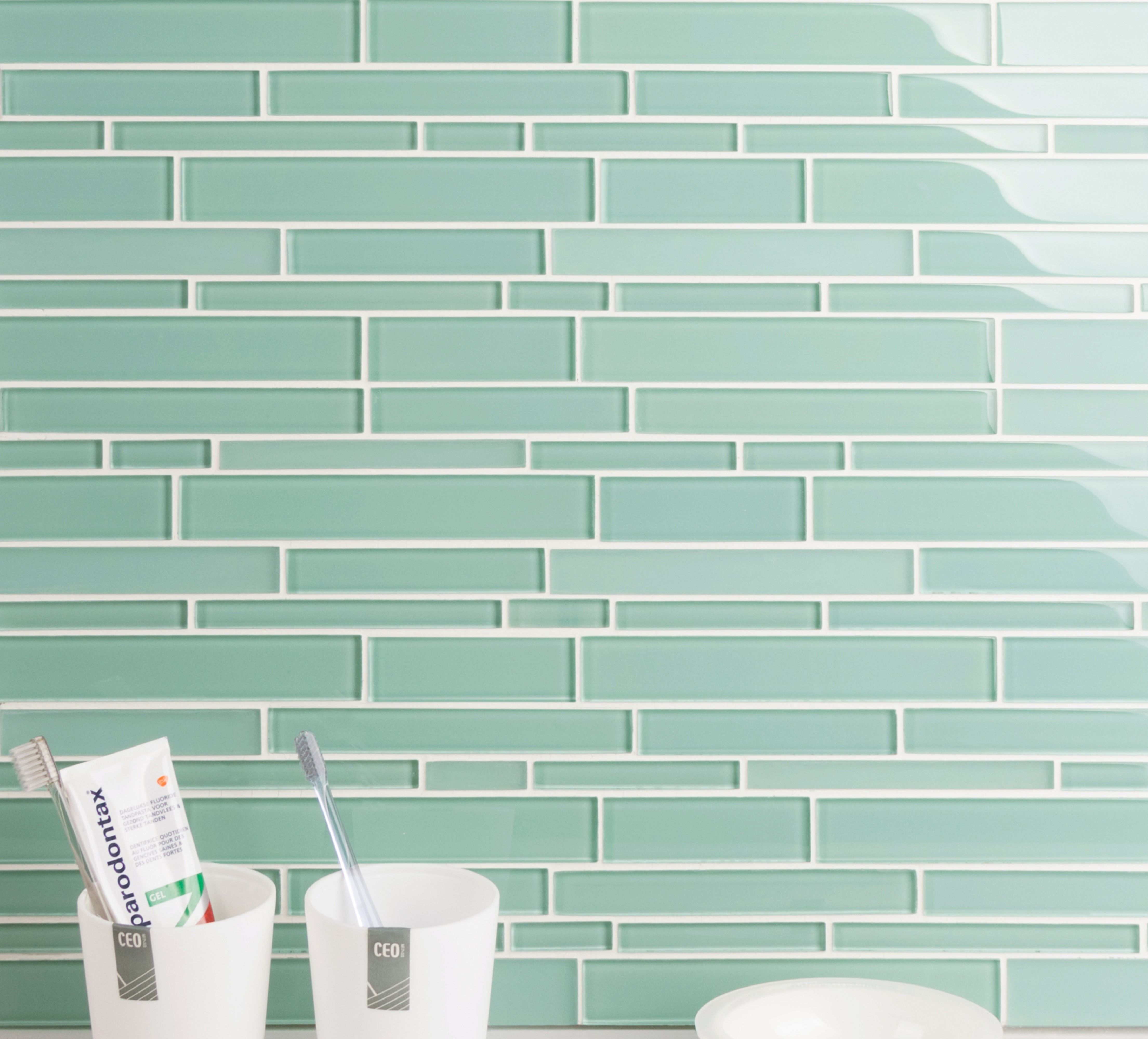 Interlocking Glass Mosaic Tile Backsplash For Kitchen And Bathroom 5 Square Feet Per Box Light Teal Teal Glass Tile Mosaic Glass Glass Mosaic Tile Backsplash