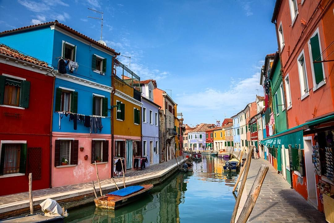 Burano Island Italy. #Italy #travel #tourism #colorful #venice #canal #island #burano