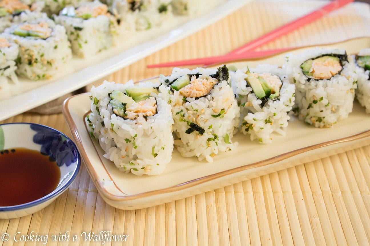 Spicy Chicken Sushi Roll Cooking With A Wallflower Recipe Chicken Sushi Sushi Rolls Spicy Chicken