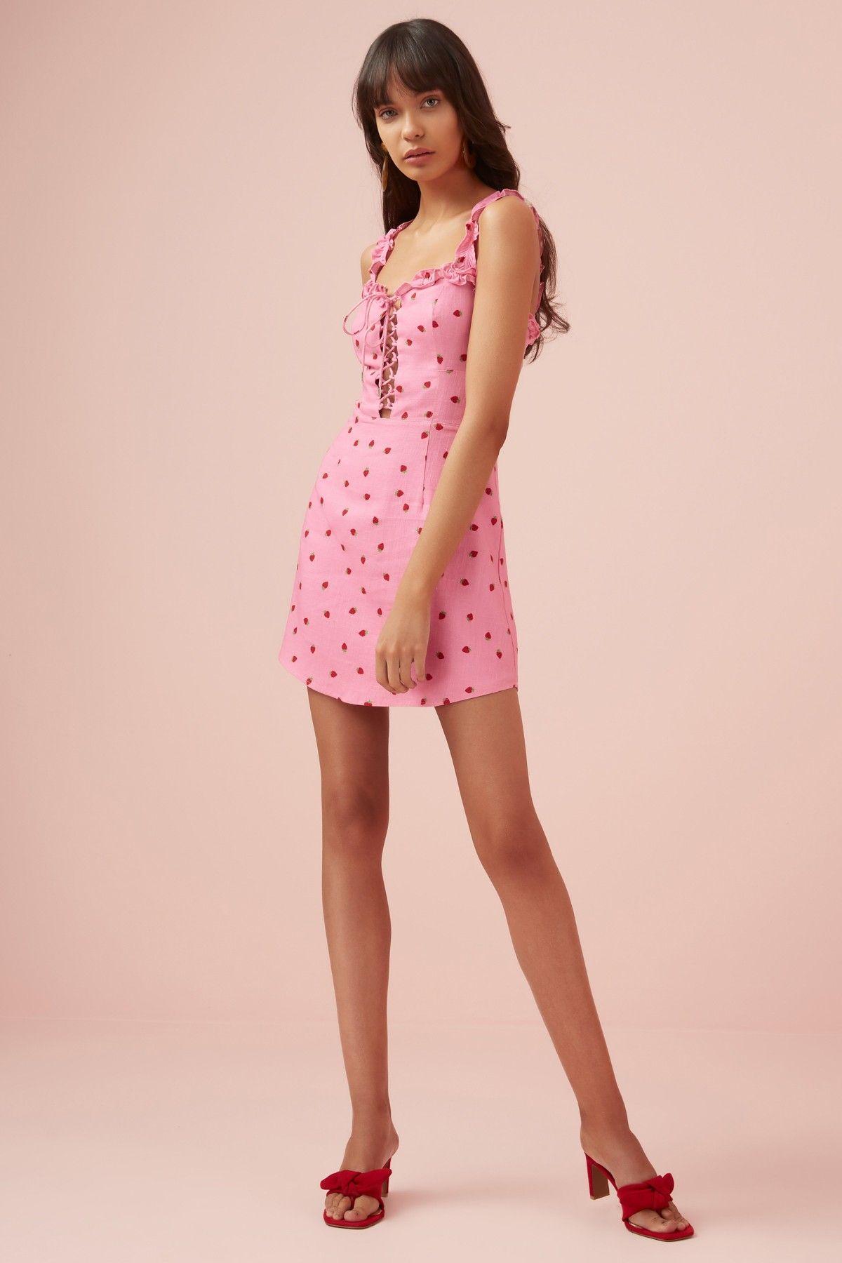 Lola Mini Dress Pink Strawberry Finders Keepers Bnkr Mini Dresses Online Mini Dress Pink Mini Dresses [ 1800 x 1200 Pixel ]