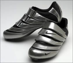 b9a6dbd8dc9e Nike Poggio | Bike trainers | Road cycling shoes, Nike cycling, Bike ...
