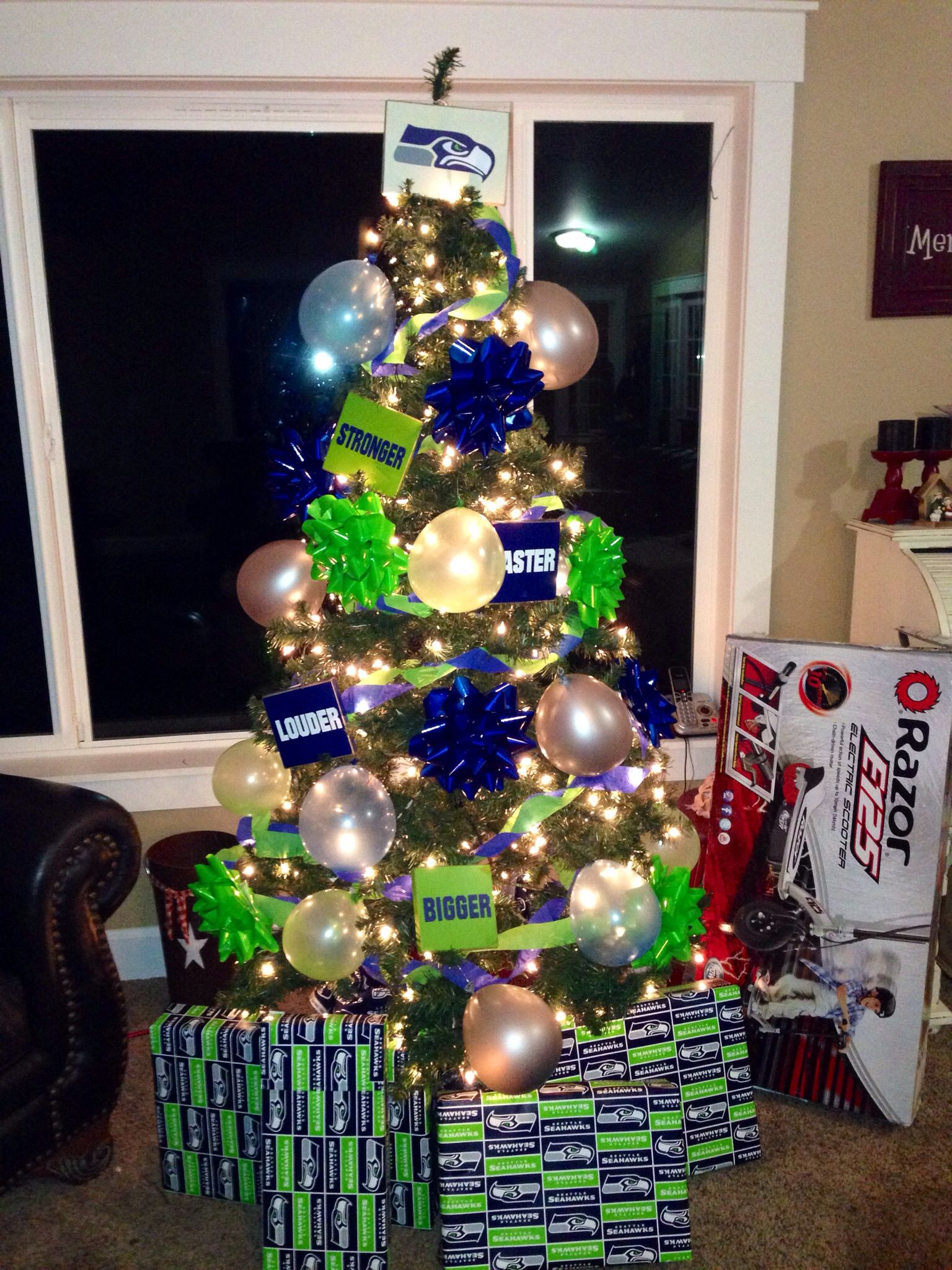 My son'a Seahawks Themed birthday tree since his bdays so close to ...