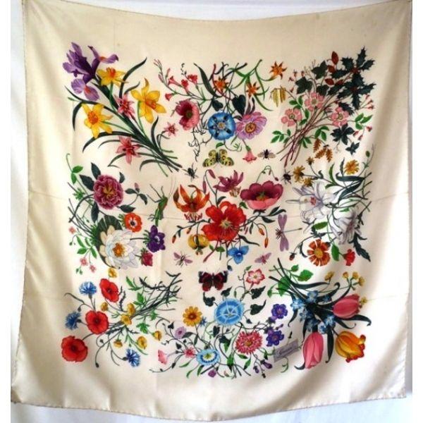 5104912734b3 gucciflora V.ACCORNERO,vintage seta sciarpa gucci flora,silk scarf,  foulardsoie,