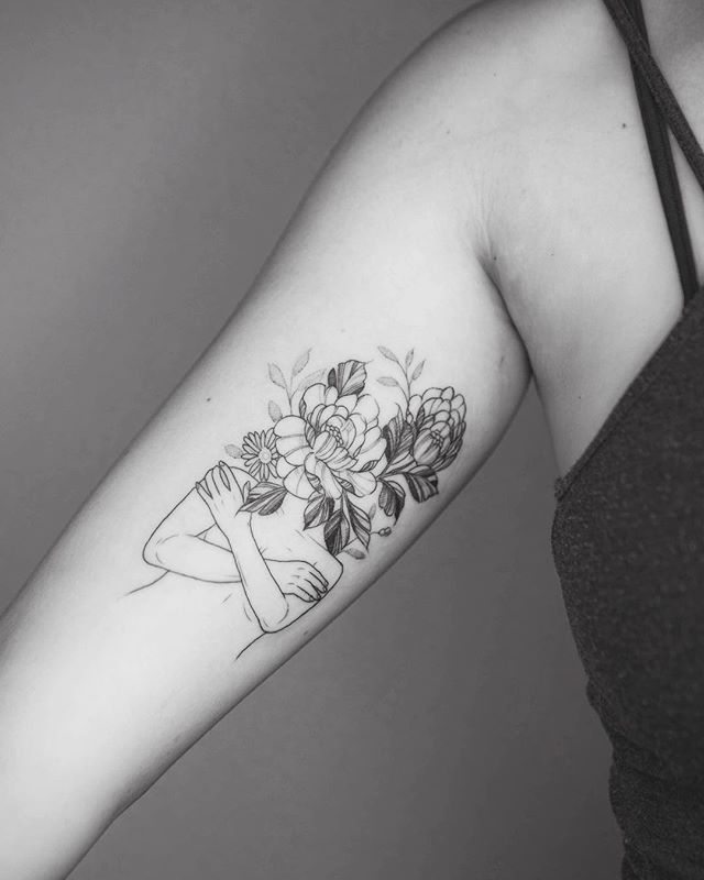 "Phoebe Hunter on Instagram: ""Little flower gal for Anne! Thanks for coming 🌸🌺🌼 . . . . #fineline #finelinetattoo #surrealism #surrealismtattoo #qttr #tattoo #btattooing"""