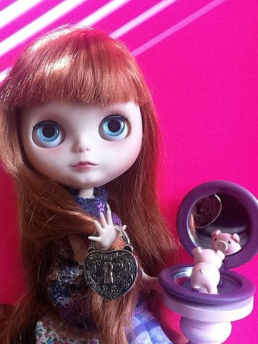 Blythe-a-Day August#21&26:In the Mirror;&Toy:Abby,Lock,Mir…   Flickr