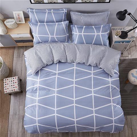 Lt Blue/White Geo Print 4 Piece Bedding Set