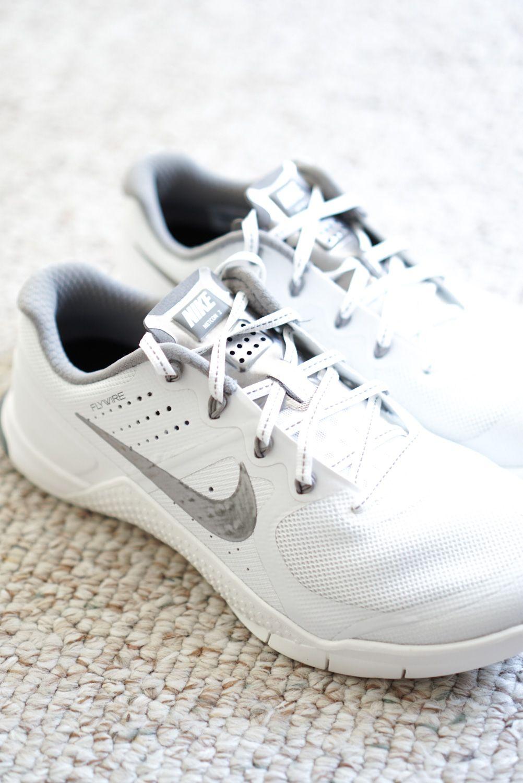Nike Metcon 2 in Summit White Nike metcon 2, Nike metcon