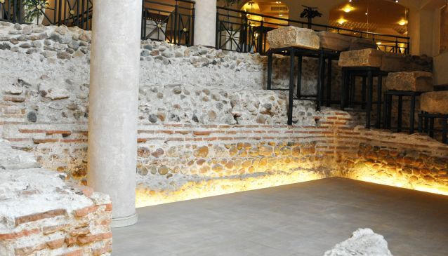 cd0eaf622d80 TIL Bulgaria has a hotel with an ancient Roman gladiator arena in ...