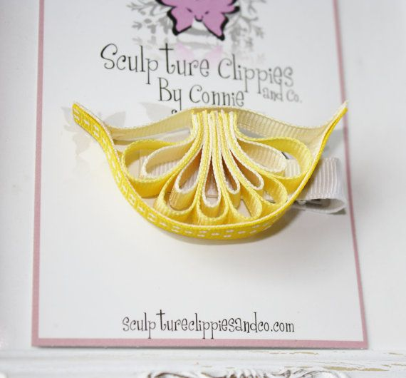 Lemon Sculpture Ribbon Hair Clip  por SculptureClippiesNCo en Etsy, $4,50