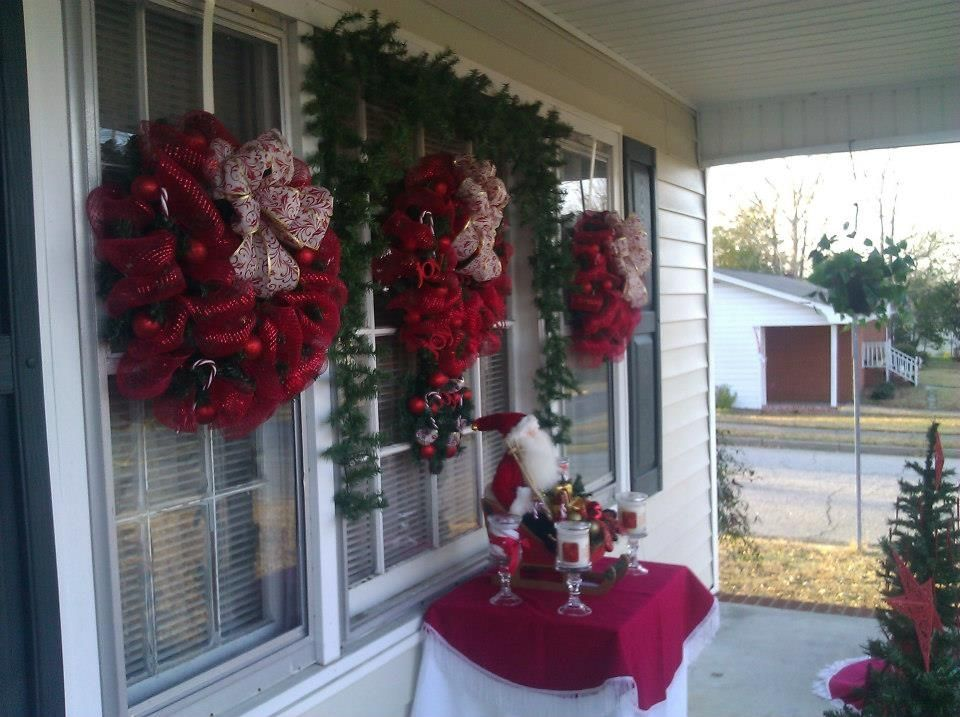 Outdoor porch christmas decorations - Pin It Like 1 Image