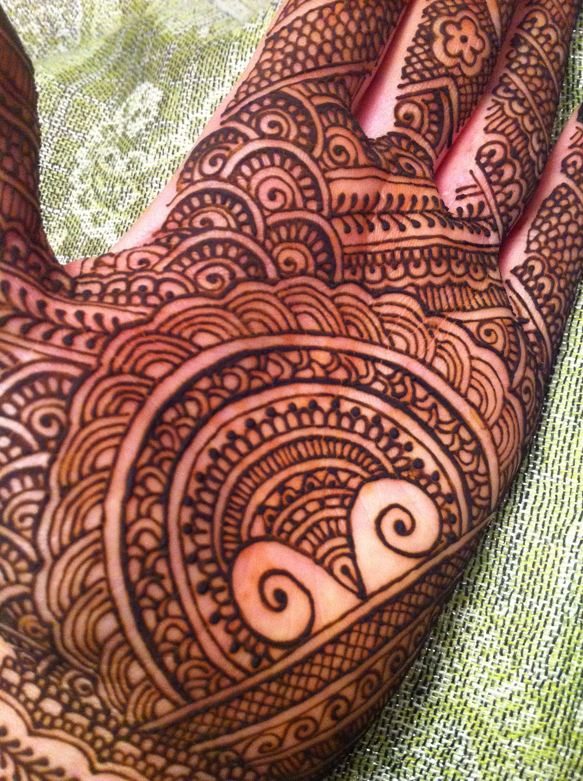 Mehndi For Palm : Really rad palm design by blurberrybuzz henna
