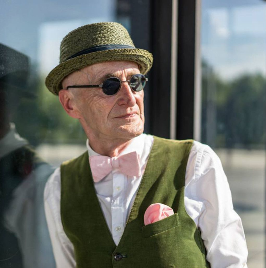 Meet the worldus best dressed grandpa whous got more style than you