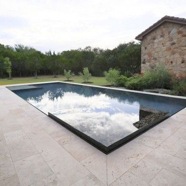 Perimeter Overflow Pool   Austin   By Design Ecology