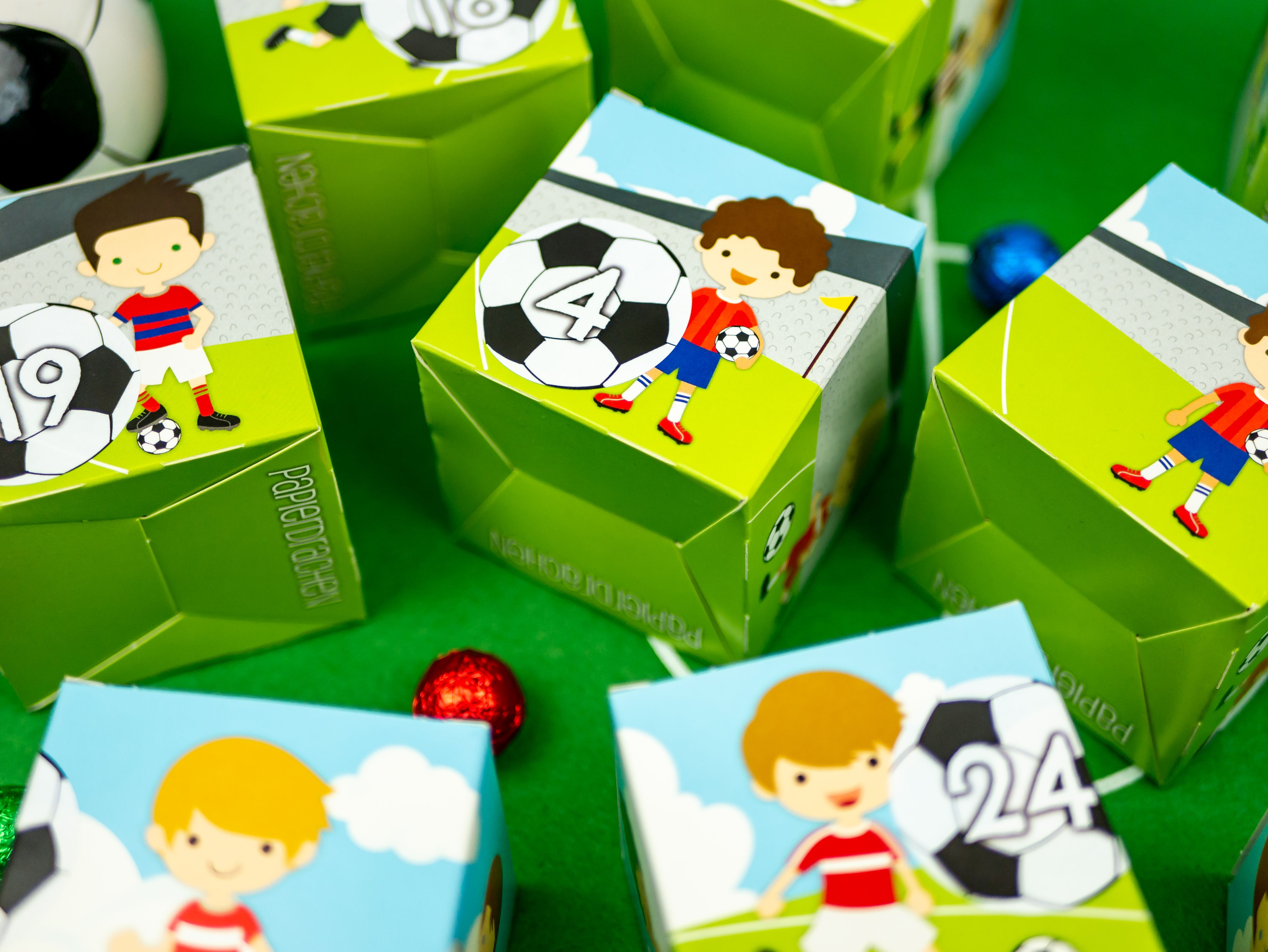 Papierdrachen Diy Adventskalender Kisten Set Motiv Grun