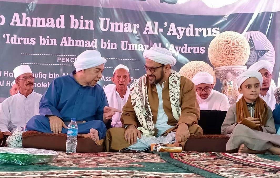 Habib Taufiq Assegaf Dalam Haul Habib Ahmad Bin Umar Alaydrus