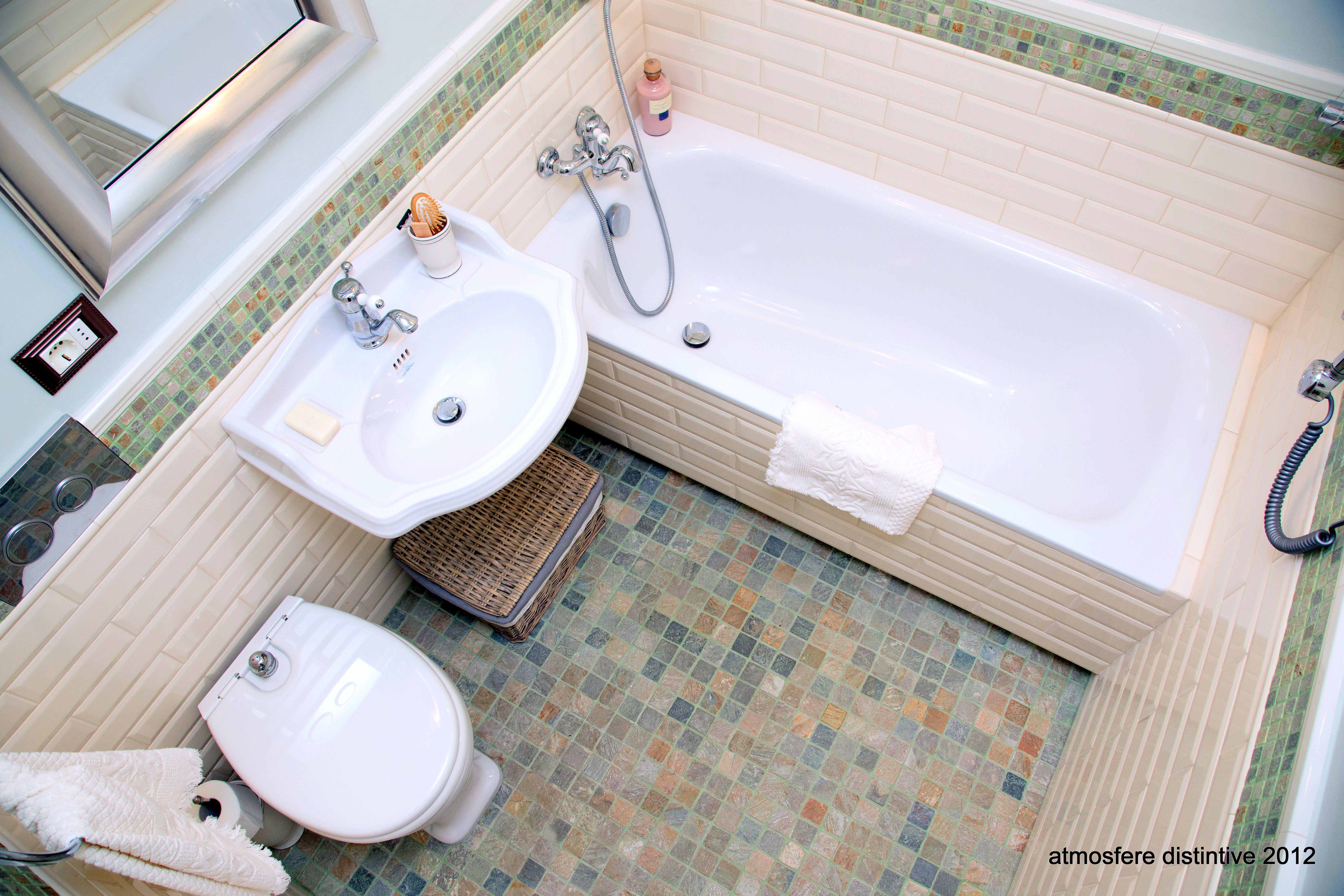 Vasca Da Bagno Dimensioni Minime : Sapore retrò per il bagno in casa storica dalle dimensioni minime