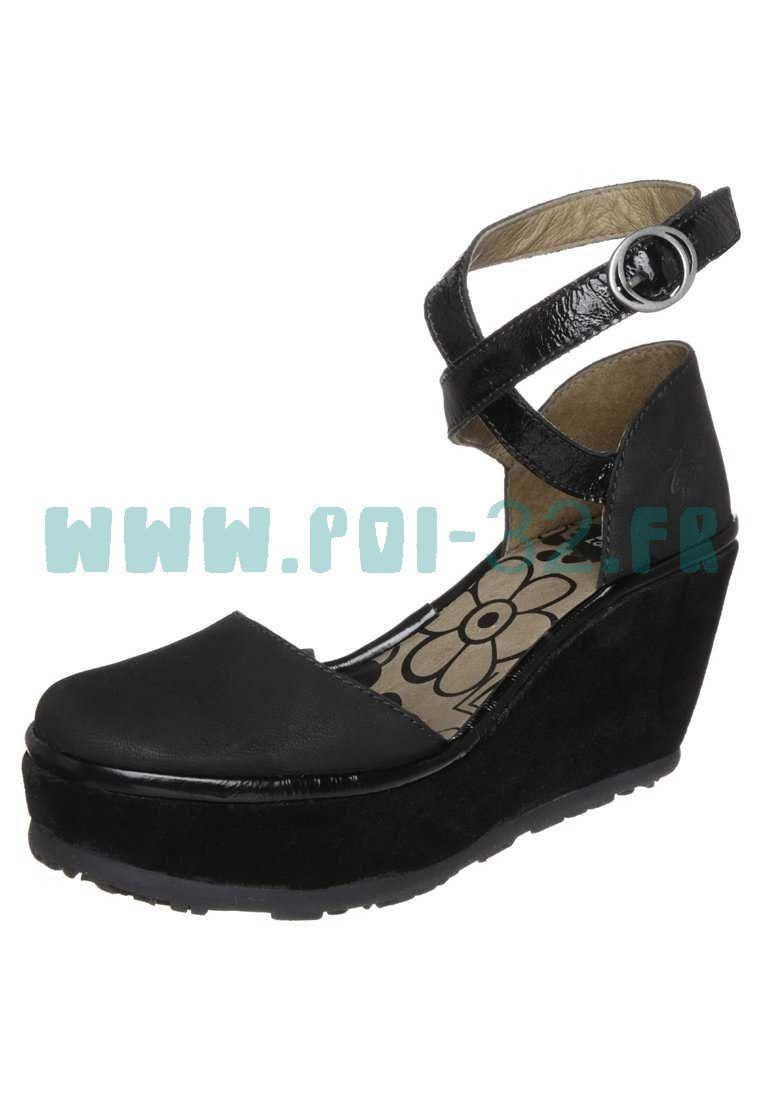 Chaussures à élastique Fly London noires Casual femme  46.5 EU  42 EU  Four Leaf Clover/Phantom/Sulphur Spring Converse Chuck Taylor CTAS 70 Hi Leather RUunAhNfdW