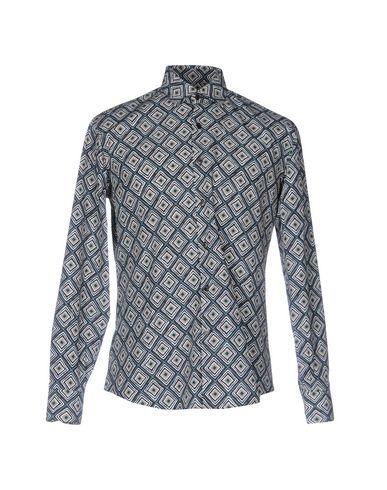 SALVATORE FERRAGAMO Patterned shirt. #salvatoreferragamo #cloth #