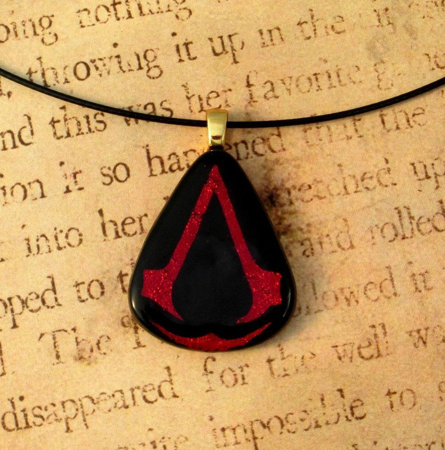 Assassins Creed Fused Glass Pendant by *FusedElegance on deviantART