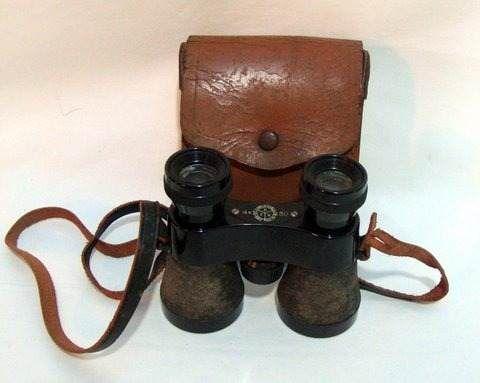 antigo binoculo de 1955