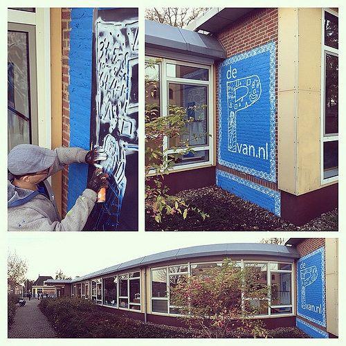 #Muurschildering.EGD gemaakt voor #dePvan.nl een promotie actie voor de bekendmaking op 19/11 van de nieuwe naam en huisstijl (met deze P) voor de Dalton school in ontwikkeling aan de #Smyrnastraat in #Deventer met profiel #kunst en #cultuur #theater #muz