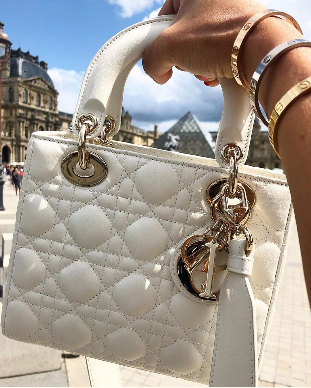 "Photo of Dior No.1 Fan Page on Instagram: ""❤️ @cherrylifestyles  #dior #diorinternational"""