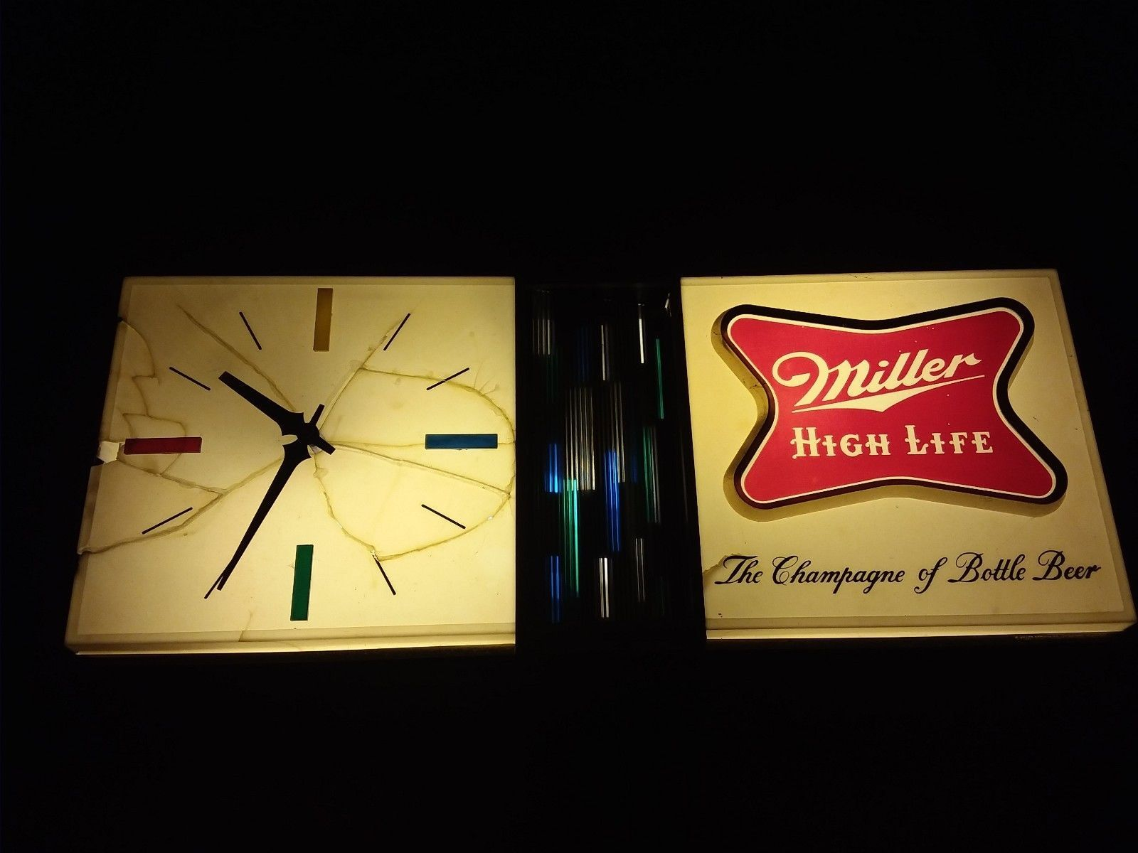Vintage miller high life the champagne of bottle beer light bar vintage miller high life the champagne of bottle beer light bar sign clock aloadofball Choice Image