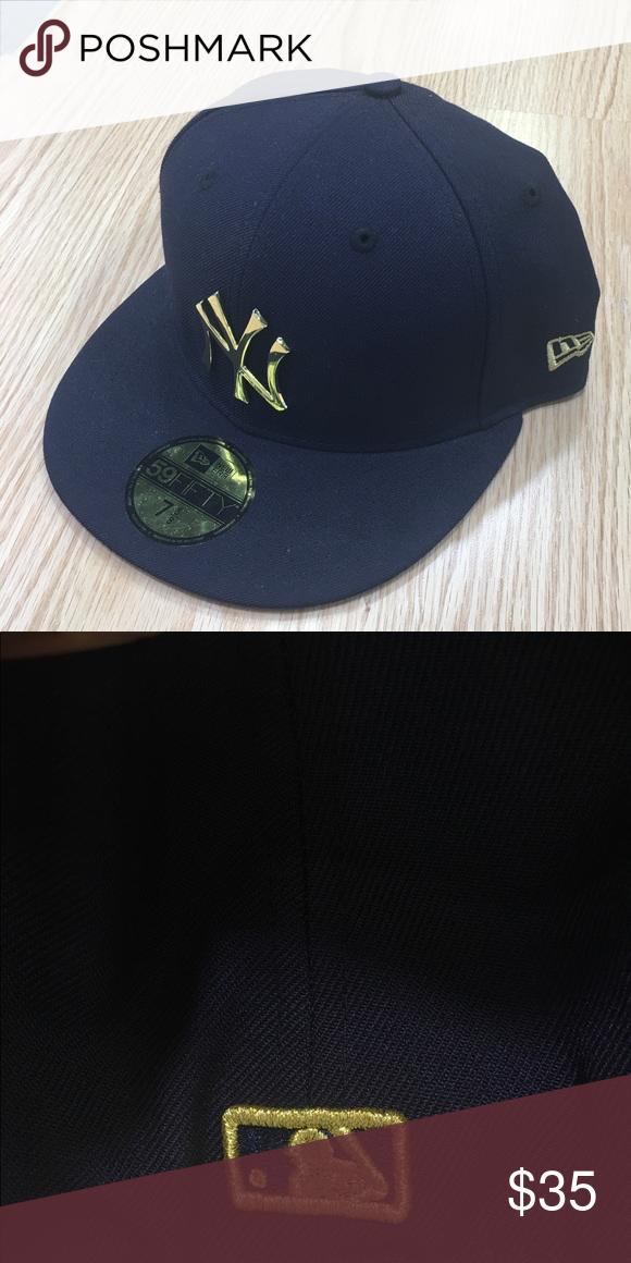 0e1c80b254e83 New York Yankees hat with gold logo NY Yankees hat with gold logo New Era  Accessories Hats