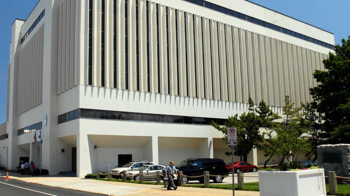 Huntington Ingalls Industries to establish facility in
