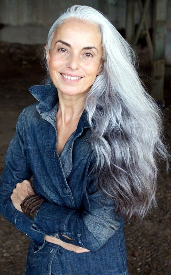 Simple And Beautiful Hairstyles For Older Women 1 Older Women Hairstyles Long Gray Hair Beautiful Gray Hair