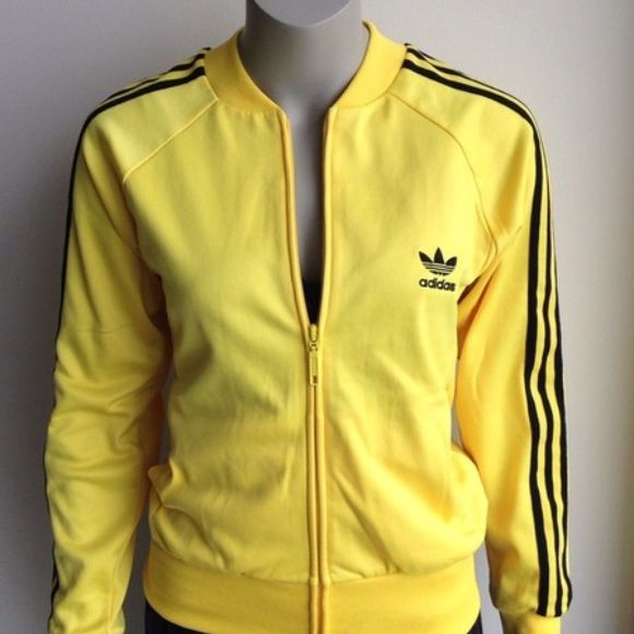 Size medium vintage Great vintage adidas yellow black jacket Adidas Jackets    Coats ba01c8f845c