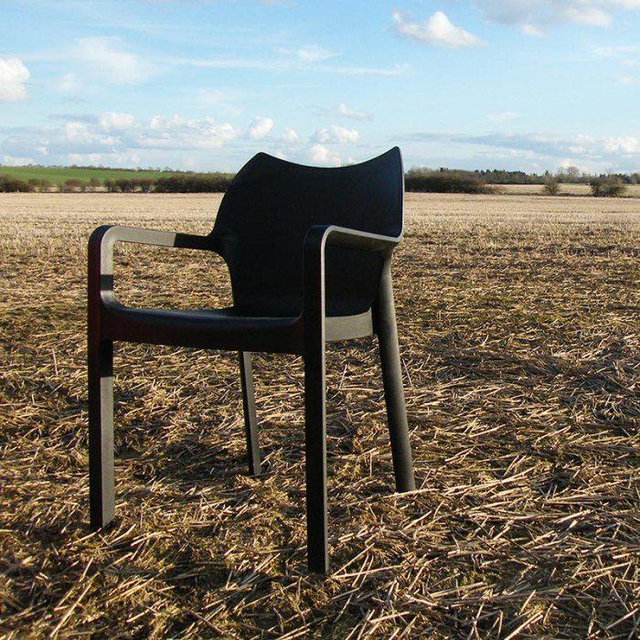 La chaise DIVA à moins de 50 euros sur 4-pieds.com