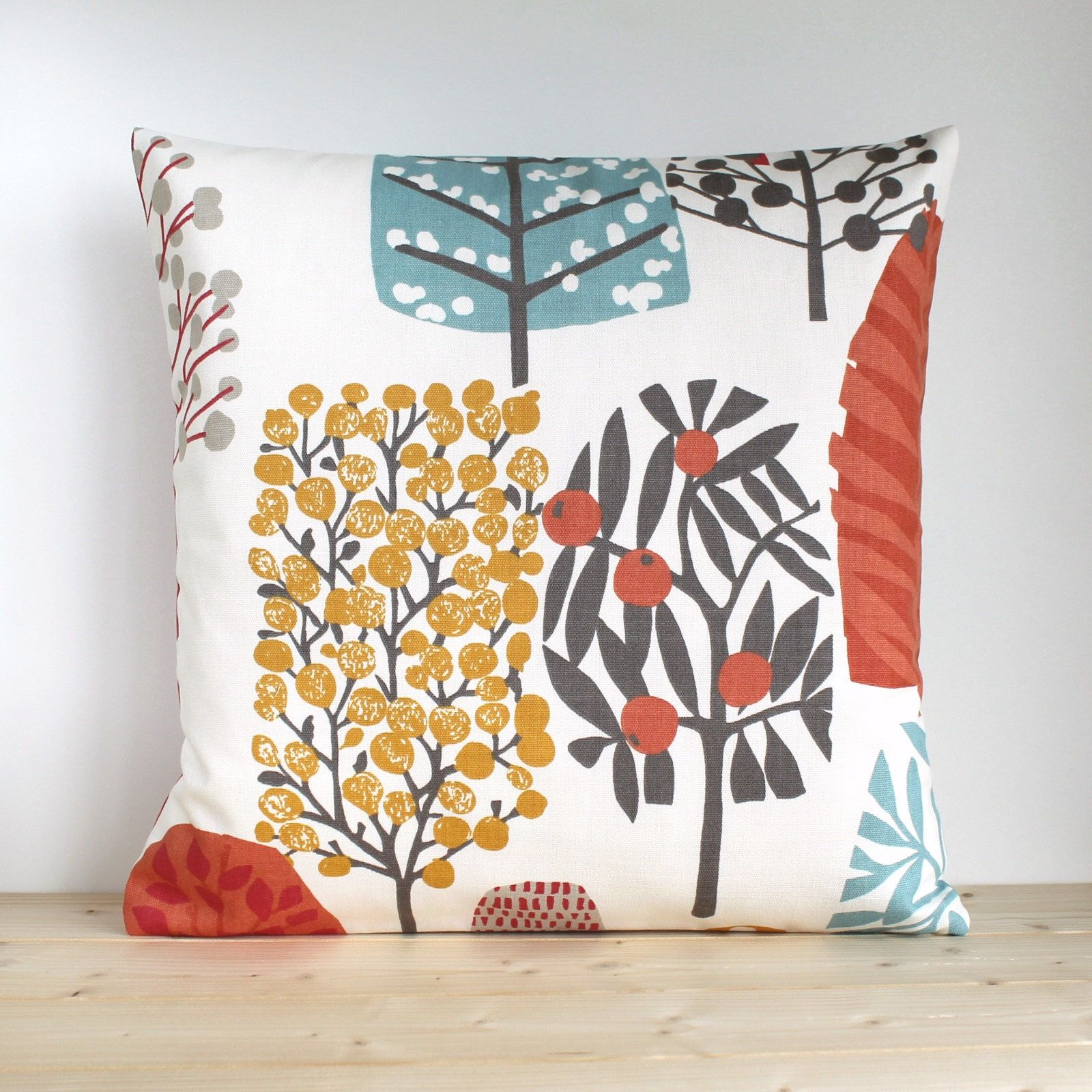 "Mustard Yellow and White retro Flower Design Fabric Cushion Covers 16/"" X 16/"""
