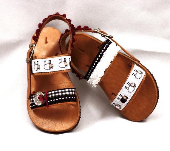 Pin on Girls shoes aniyah