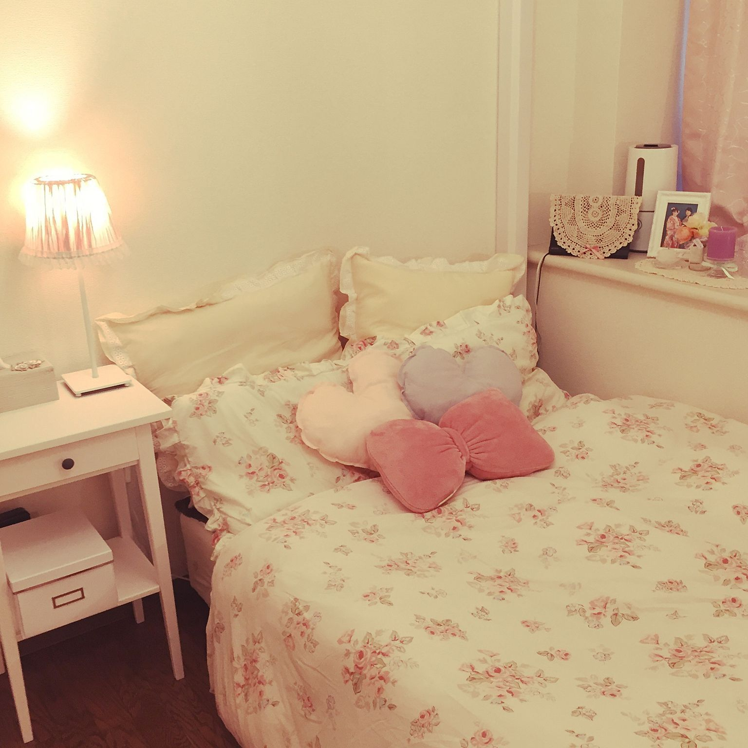 ベッド周り クッション ベットカバー Ikea 姫部屋 などのインテリア実例 2016 03 22 22 25 36 Roomclip ルームクリップ 部屋のインスピレーション 寝室のインスピレーション パステルルーム