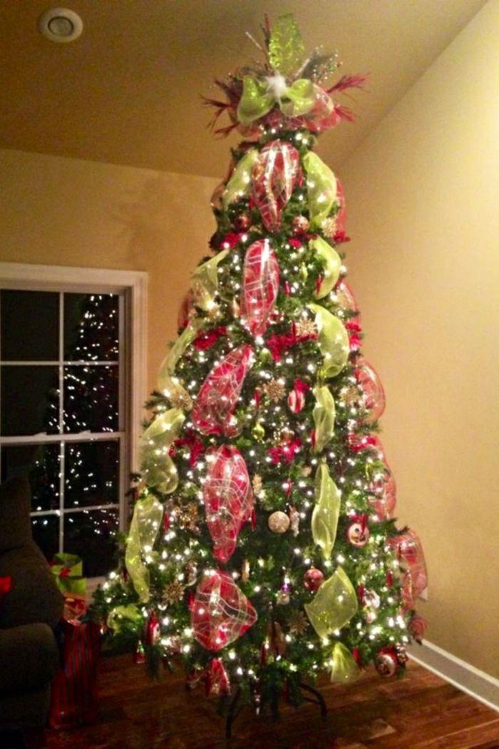 Möchten sie weihnachtsbaum bilder sehen schauen sie sich unsere bildergalerie an und kriegen sie einige ideen wie man ein weihnachtsbaum schmücken könnte
