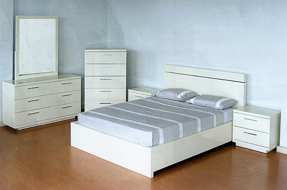 White Lacquer Bedroom Furniture | L.I.H. 157 White Bedroom ...