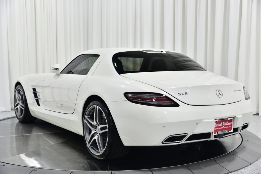 238 Luxury Cars For Sale In Cleveland Luxury Cars For Sale Mercedes Benz Sls Mercedes Benz