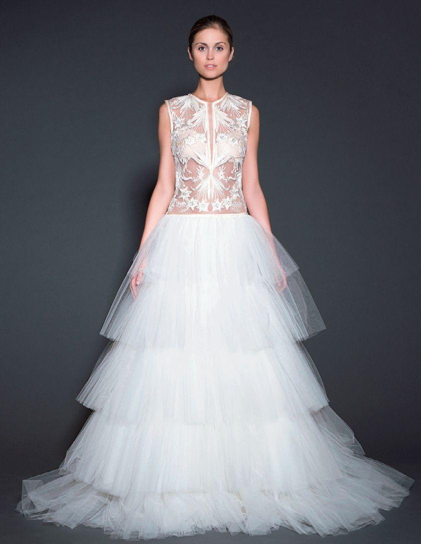 いま大注目のnewドレスと言えばコレ!/素肌が透ける\u201cイリュージョンドレス\u201dが大流行の兆し!!