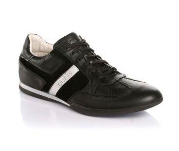 Sneakers Larkin Guess prix promo GUESS 140,00 TTC