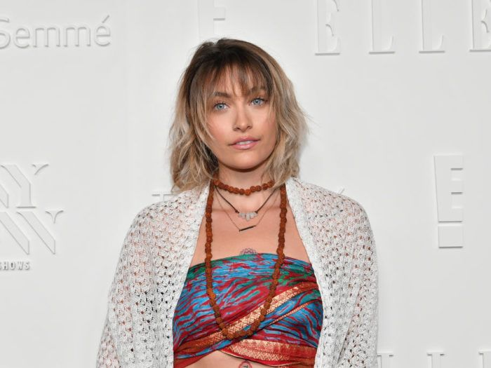 Paris Jackson walked the red carpet with no makeup, and she looked ...