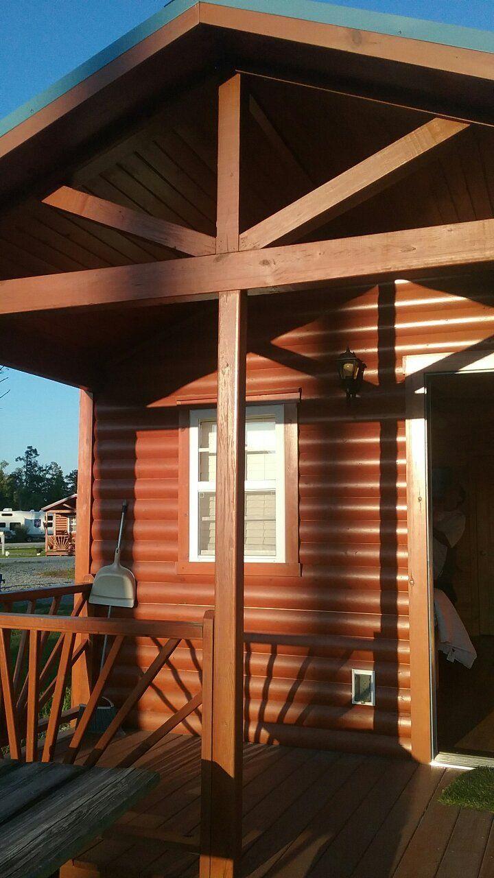 Raleigh Oaks RV Resort & Cottages Cottage, Resort