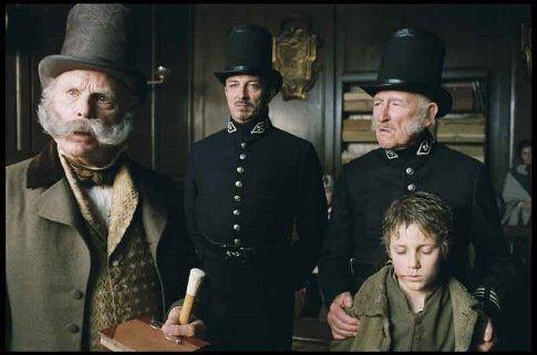 Oliver Twist 2005 Oliver Twist Oliver Wealthy Men