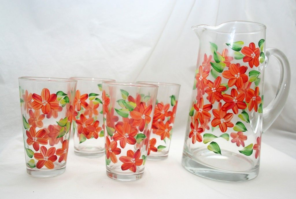 painted glasses ideas   Beautifully Unique Hand-Painted Glassware