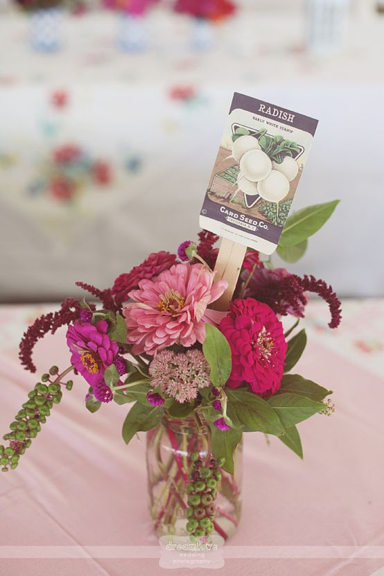 Cool Idea For Unique Flower Vases And Table Decoration Use Vintage