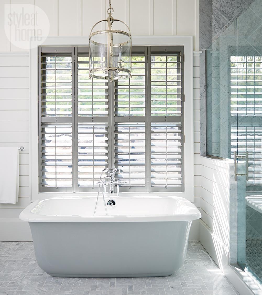 House tour: Neutral nautical lake house | Bathroom designs, Cottage ...