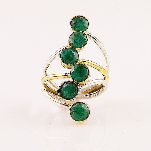 Emerald Two Tone artisan crafted Solid Sterling Silver Size 7 1/2 ring. DETAILS: * Genuine Emerald Ring * Size 7 1/2 * 4.6 g total weight * Set in SOLID .925 Sterling Silver & Brass * Stamped .925 * S